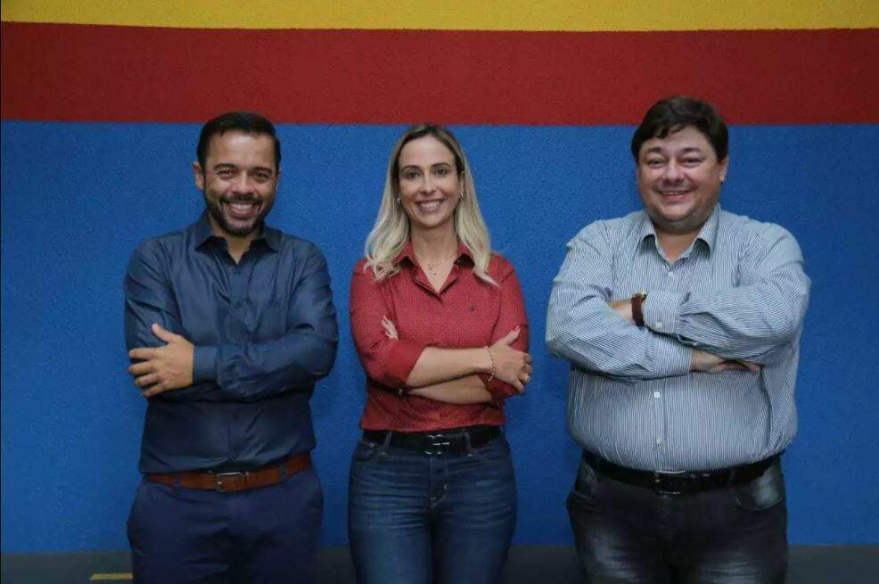 Diretores do Colégio Almirante Tamandaré Elizandro, Juliana e coordenador do TOPVEST Fernando Barney. (Foto: Kísie Ainoã)