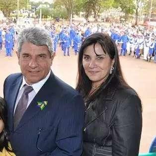 Sem poder assumir prefeitura, Daltro Fiuza lança mulher para candidata a vice