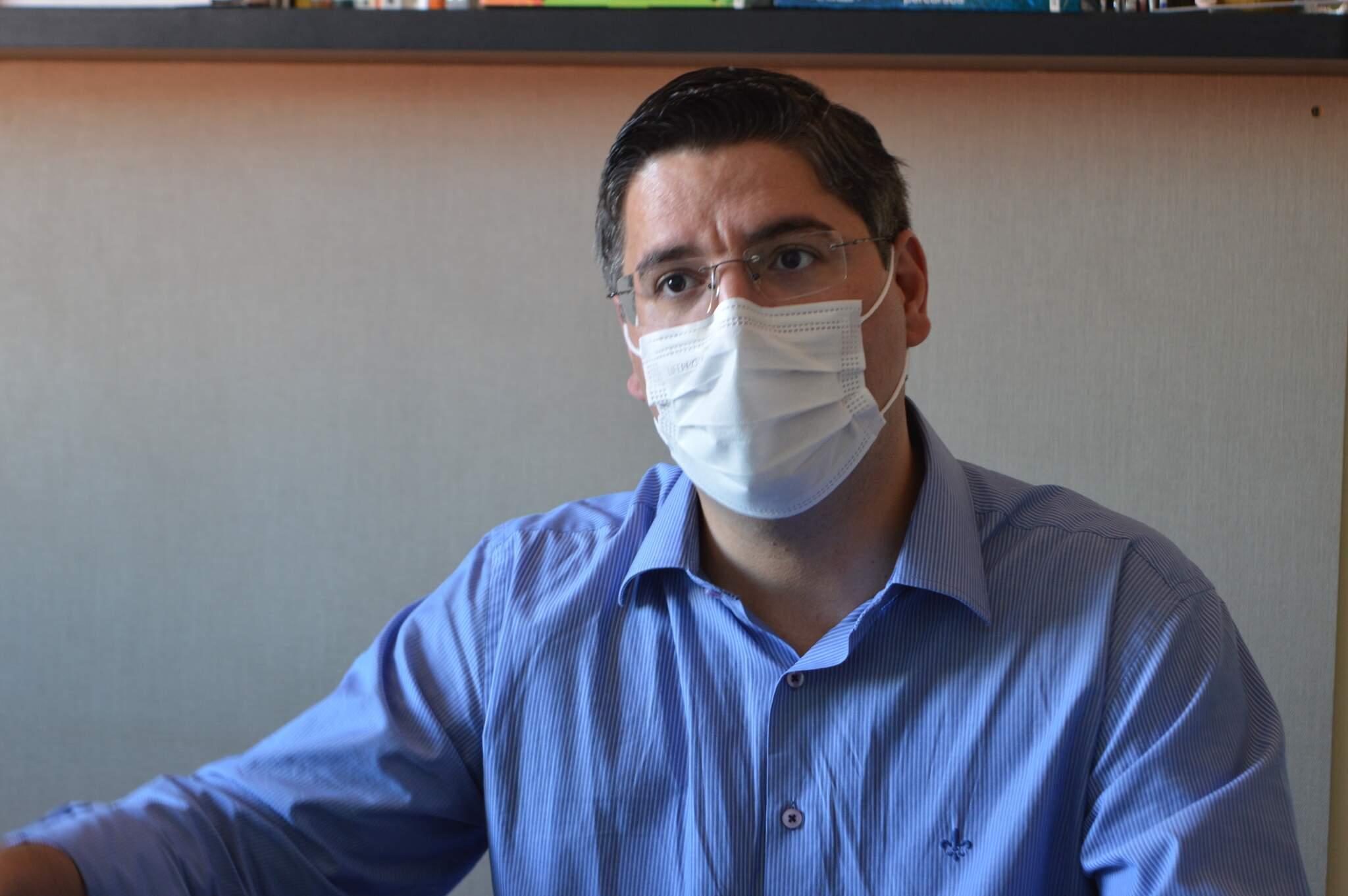 Vereador diz que momento crítico da sáude requer ampliação imediata de leitos (Foto: Thiago Mendes)