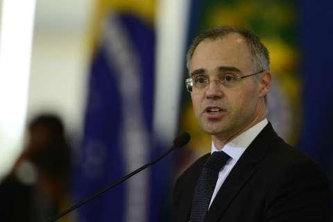 No pior momento da pandemia, ministro prevê agenda em MS com centenas
