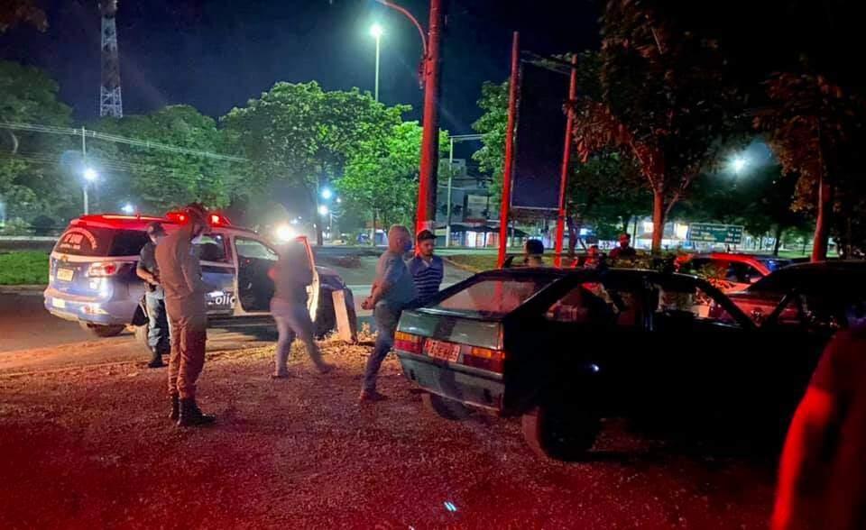 Idoso bateu carro depois de sofrer infarto (Foto: Jardim MS News)