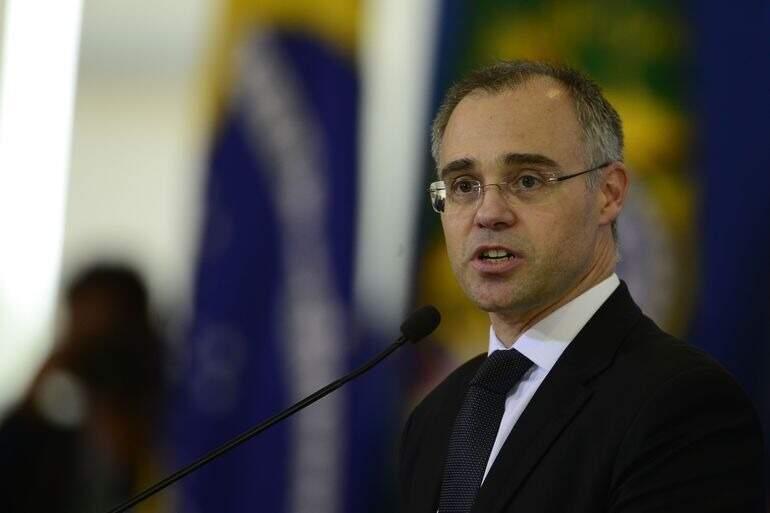 O ministro André Mendonça, que tem previsão de agenda movimentada em Mato Grosso do Sul nos dias 19 e 20, apesar dos casos de covid em alta. (Foto: Agência Brasil)