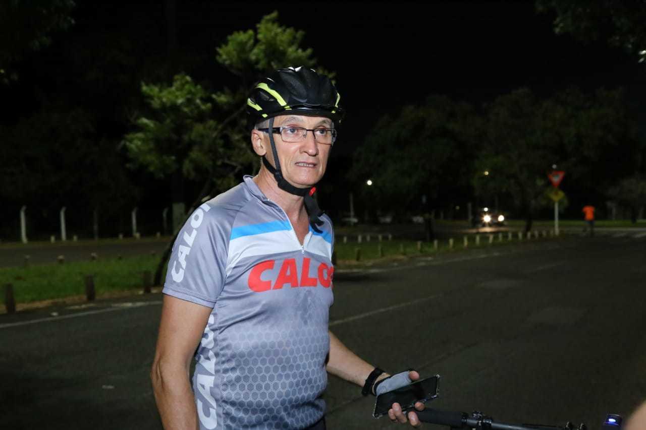 Antônio Morais reclama que na cidade não há muitos lugares para treino ao ar livre. (Foto: Kisie Ainoã)