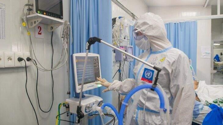Leitos de terapia intensiva em hospital de Asunción, no Paraguai (Foto: Última Hora)