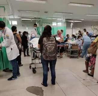 Capital tem 120 pacientes esperando vaga em hospital por dia, diz secretário