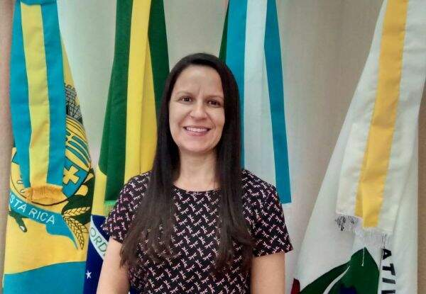 Secretária de Saúde de Costa Rica, Juliana Oliveira, deve pedir demissão nas próximas horas alegando problemas pessoais (Foto Divulgação)