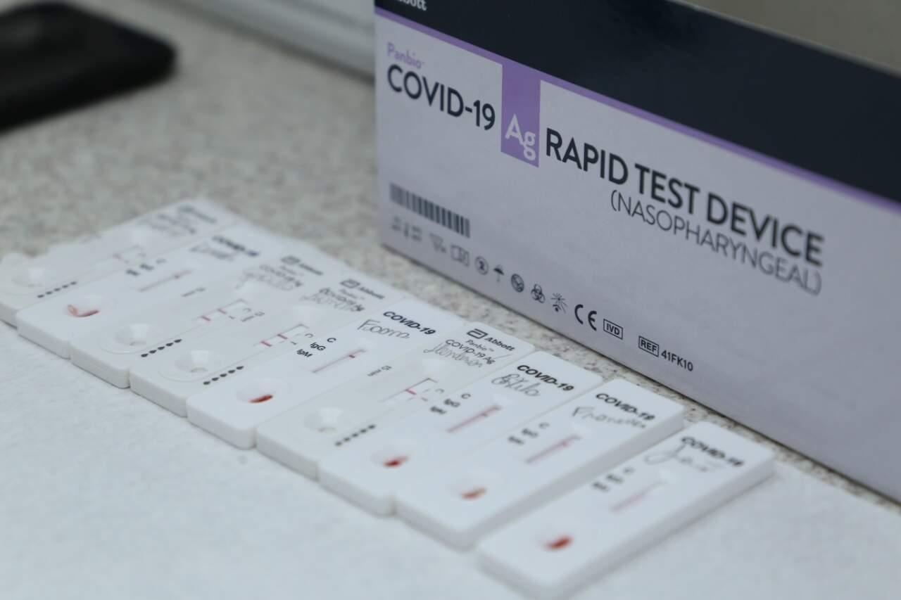Testes rápido de covid-19. (Foto: Kísie Ainoã)