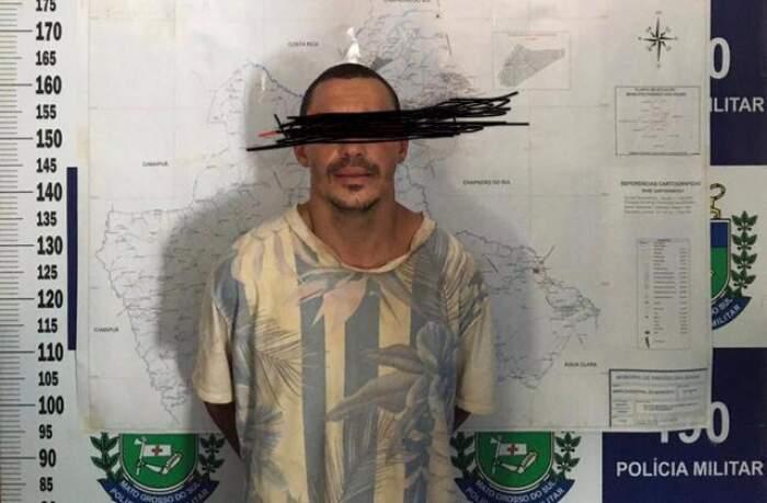 Homem foi detido ao tentar abastecer motocicleta furtada (Foto: Diivulgação)