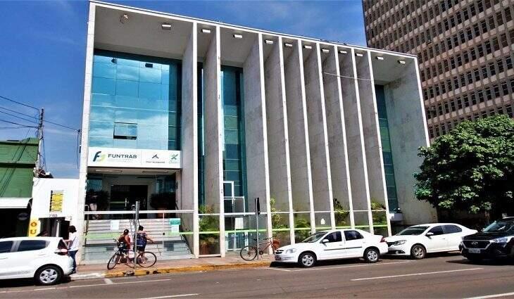 Atendimento presencial na Funtrab de Campo Grande será suspendido a partir desta quinta-feira (18). (Foto: Divulgação)