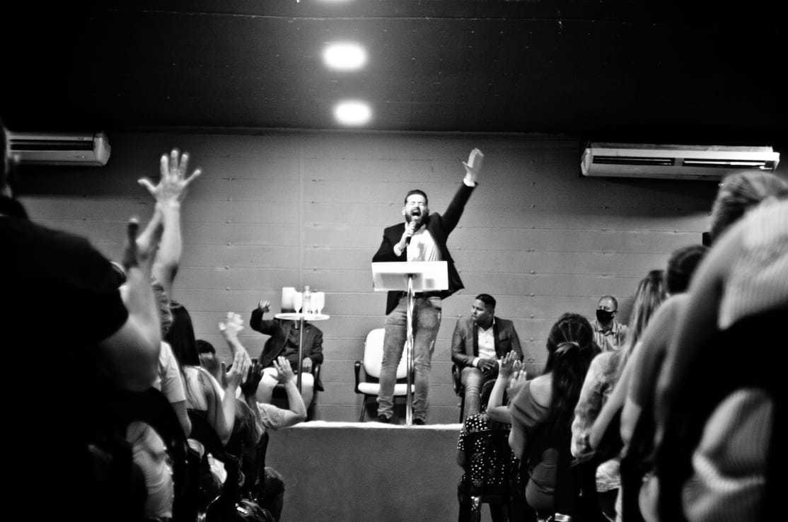 Vereador e pastor Mauro Ortiz (PSDB) disse que os cultos continuam com regras de biossegurança (Foto Divulgação)