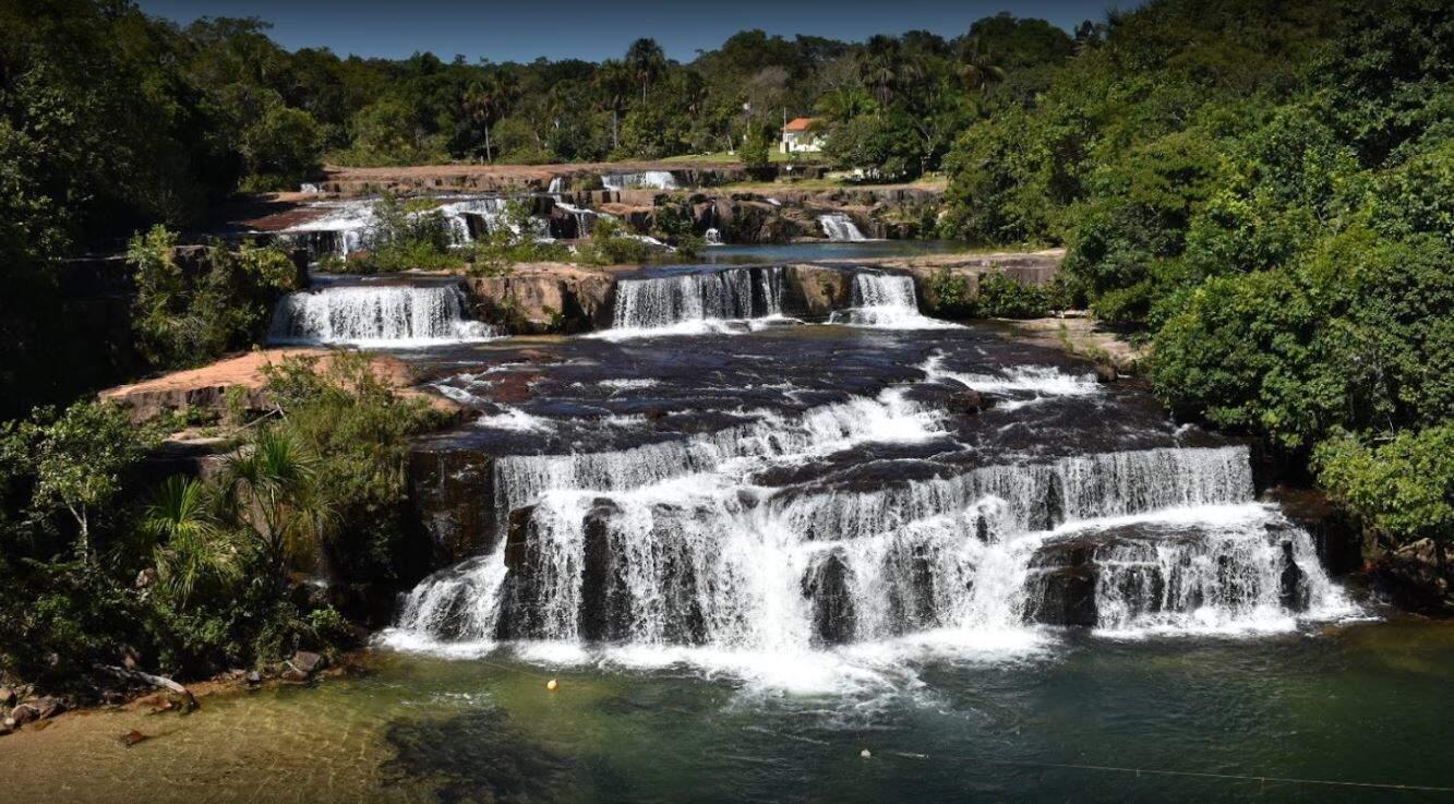 Balneário Sete Quedas do Didi, em Rio Verde de Mato Grosso, só está recebendo turistas para camping e hospedagem (Foto Divulgação)