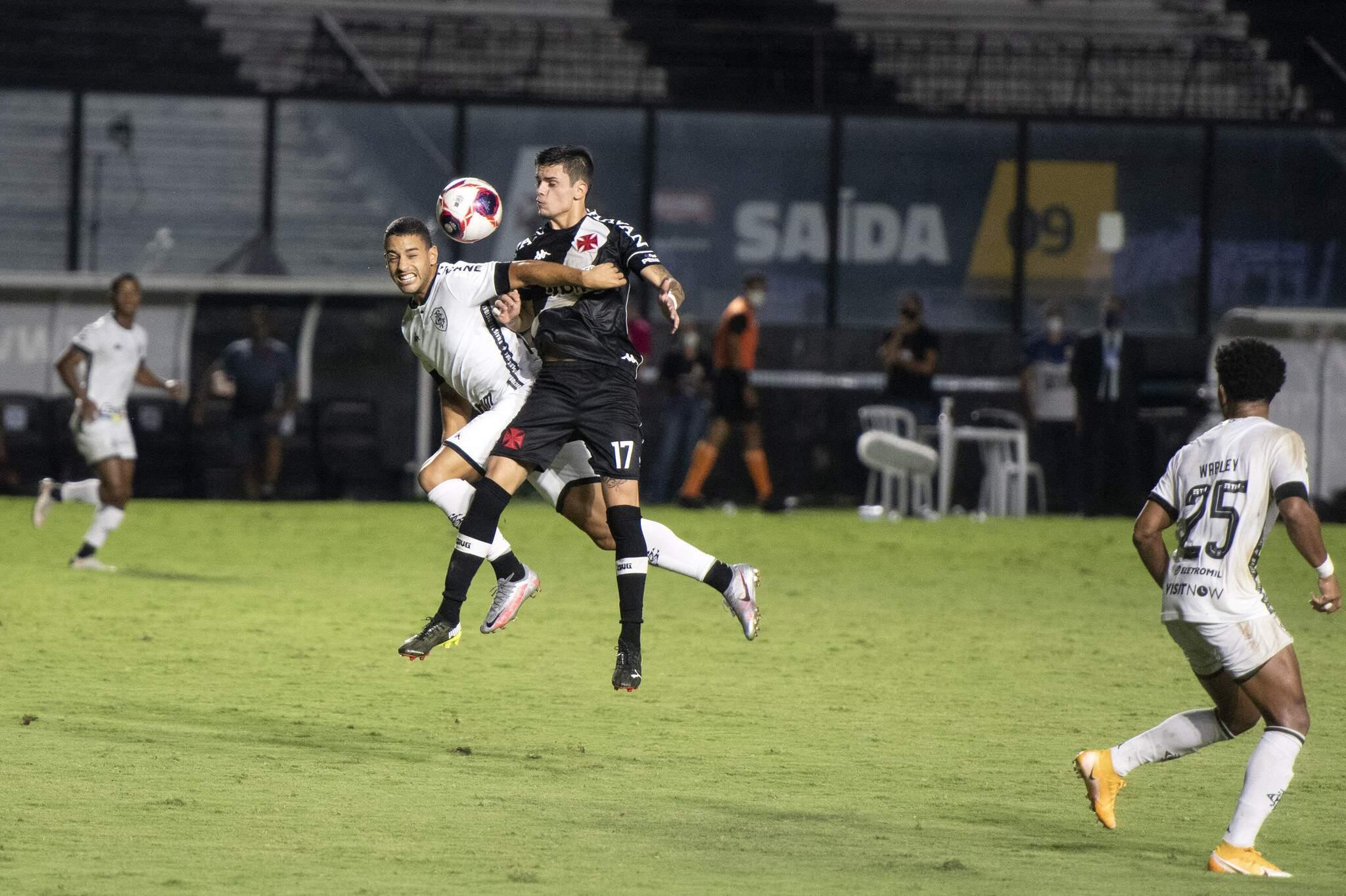 Partida entre as equipes de Vasco e Botafogo, válida pela quarta rodada do Campeonato Carioca 2021, realizada no estádio de São Januario, Zona Norte do Rio, neste domingo (21). (Foto: Estadão Conteúdo)
