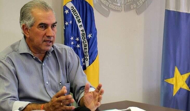 Governador Reinaldo Azambuja (PSDB) assinou documento por garantia da manutenção do auxílio emergencial de R$ 600 (Foto Divulgação)