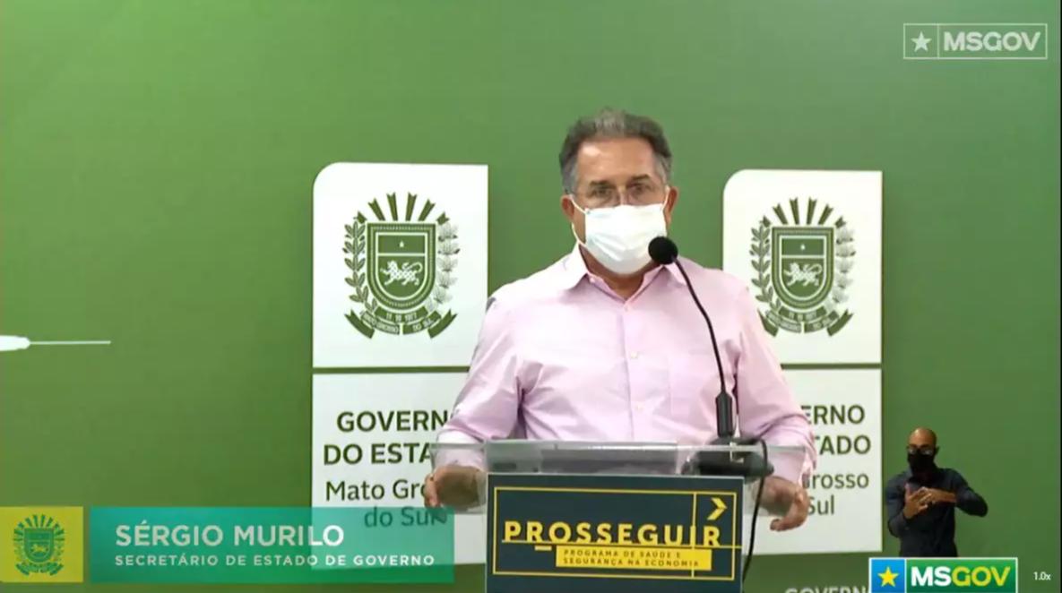 Foto do Secretário do Estado Sérgio Murilo na liva desta quinta-feira (Foto:Reprodução/Live)