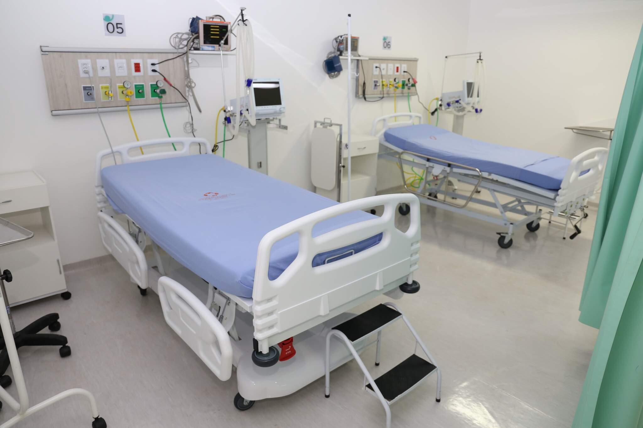 Leitos de UTI implantados ano passado no hospital. (Foto: Paulo Francis/Arquivo)