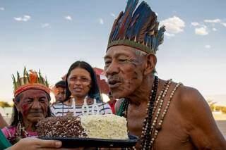 Tito Vilhalva, ancião do tekoha Guyraroka, comemorou cem anos no ano passado (Foto: Divulgação\Adi Spezia/Cimi)