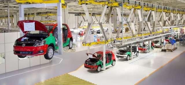 Fabricantes paralisam a produção de veículos, veja quais são