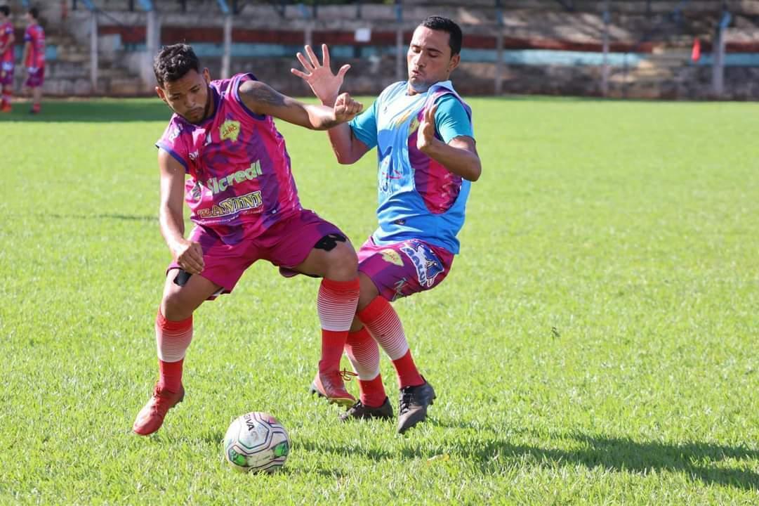 Equipe de Chapadão do Sul durante treinamento para enfrentar o time da Capital (Foto: Divulgação SERC)