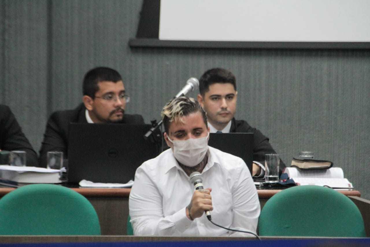 Fernanda durante julgamento em 13 de novembro do ano passado. (Foto: Marcos Maluf)