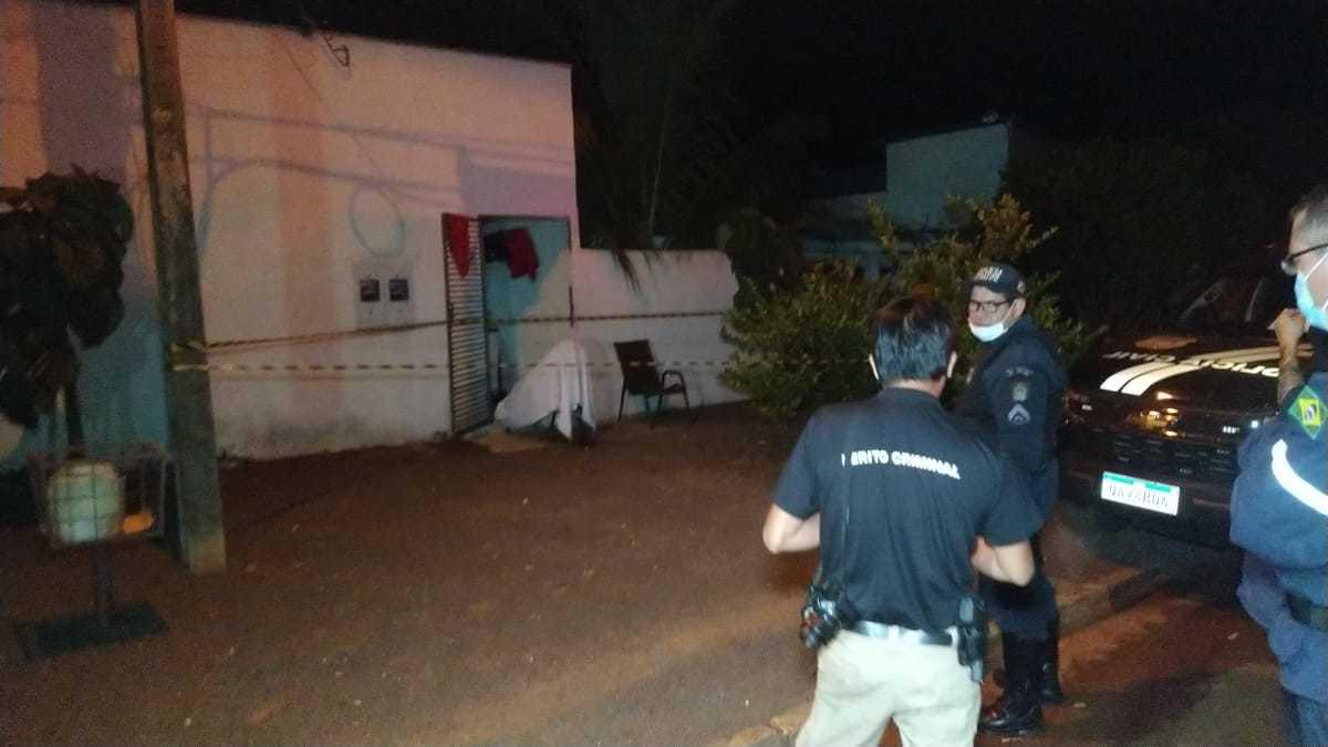 Vpitima morreu sentada na cadeira onde estava, antes da chegada do resgate. (Foto: Adilson Domingos)