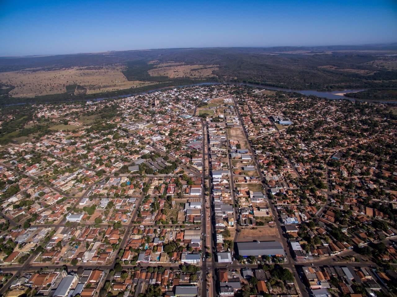 O município de Coxim visto de cima. (Foto: Prefeitura Municipal de Coxim)