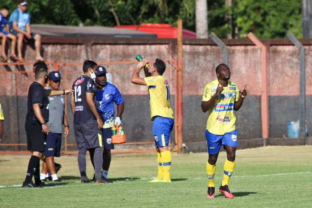 Estreante na competição, Dourados fez a melhor campanha do grupo A (Foto: Divulgação A.C.)