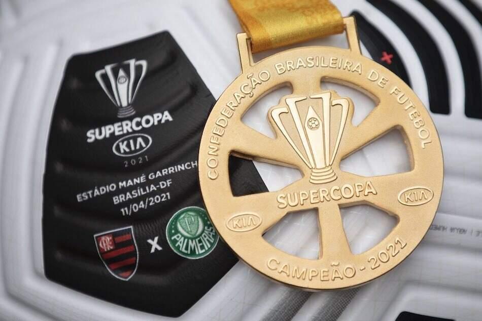Além do título, clubes levarão para casa um prêmio miliónario em dinheiro (Foto: Lucas Figueiredo/CBF)
