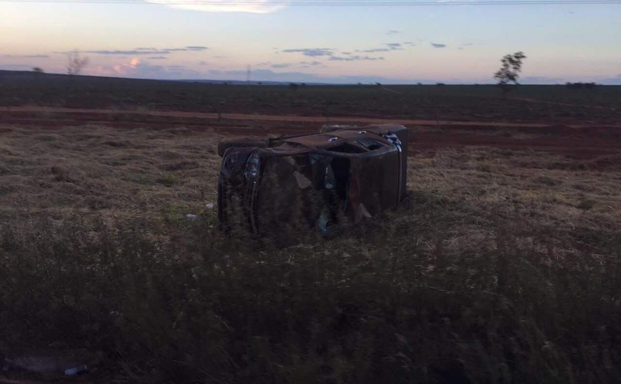 Picape Toro ficou completamente destruída. (Foto: Rio Pardo News)