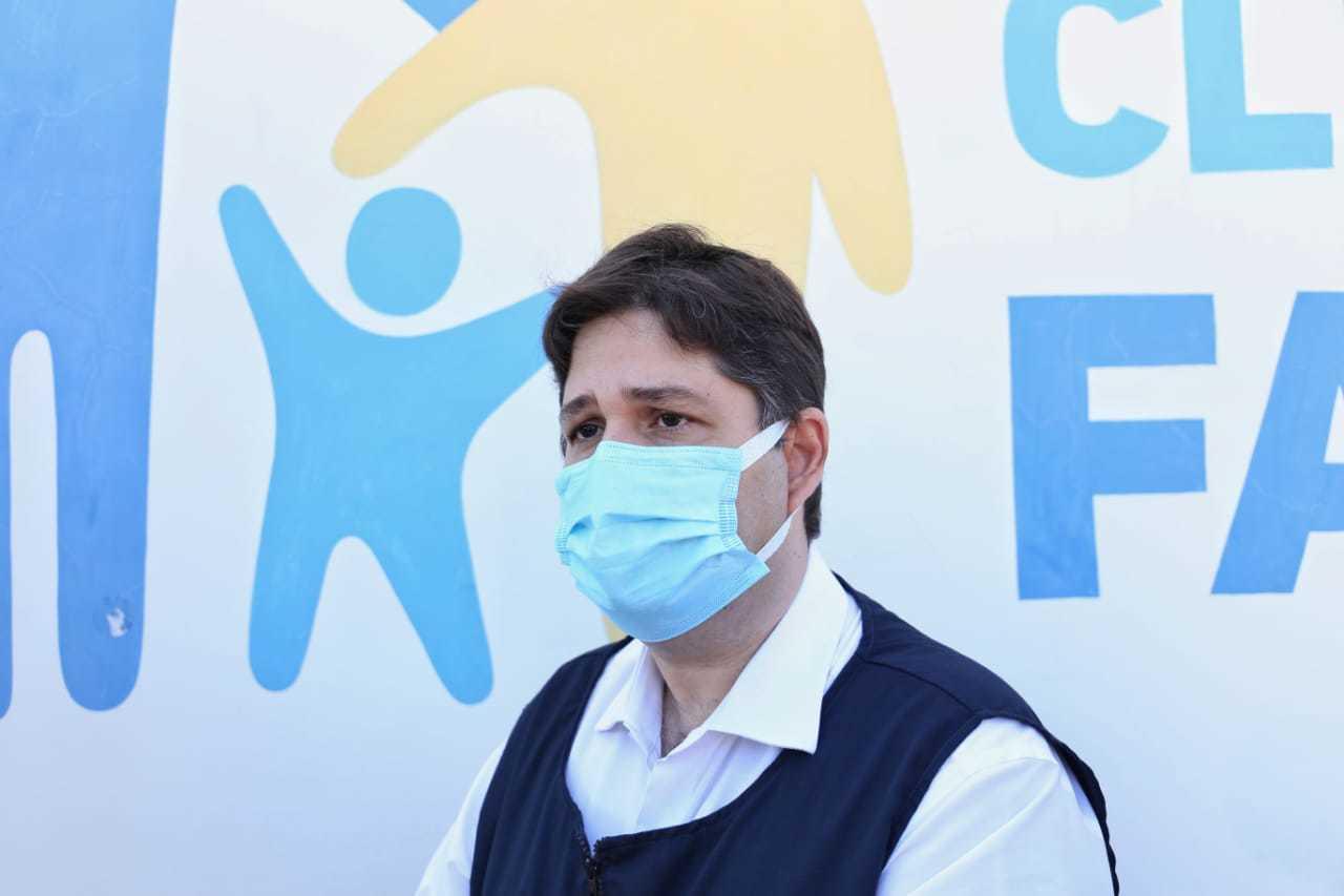Secretário municipal de saúde, José Mauro diz que quando doses chegarem, prioridade será repescagem para finalizar imunização de 61, 60 anos e profissionais de saúde. (Foto: Paulo Francis)