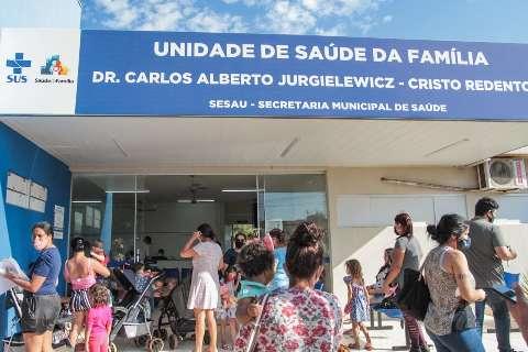Mães e avós voltam a lotar postos para vacinar crianças