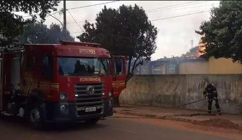 Polícia constata que incêndio em escola foi criminoso e apreende adolescente