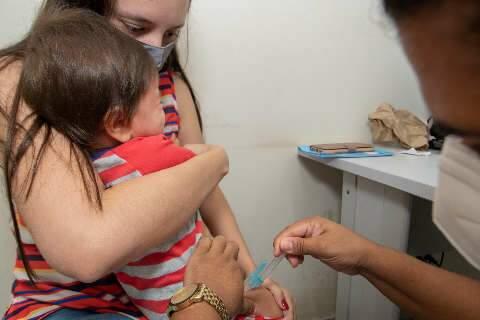 Vacinação contra gripe vai só até às 11 horas nesta sexta