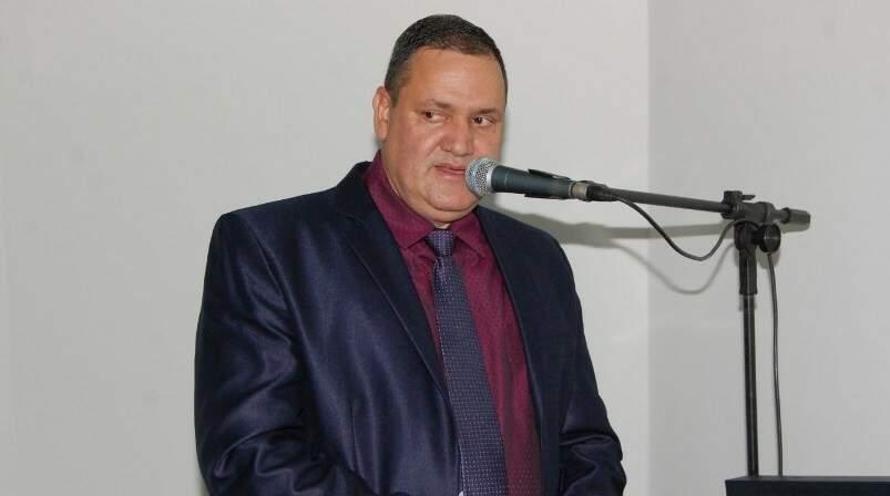 Ainda como vereador de Angélica, município distante 263 quilômetros de Campo Grande, Geraldo Rodrigues discursava na Câmara (Foto: Reprodução)