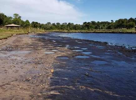Manutenção esvazia lago e preocupa moradores do Balneário Atlântico