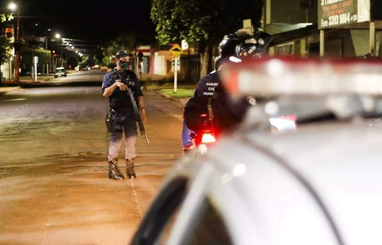 Aprovados vão passar por curso de formação para atuar na segurança pública da cidade. (Foto: Henrique Kawaminami)