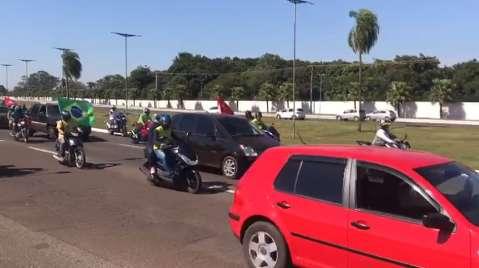 "Sábado teve ""encontro"" de protestos pró e contra Bolsonaro"