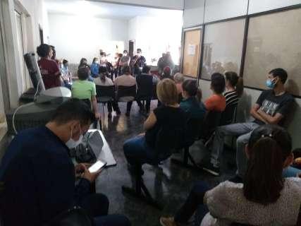 Sem negociação, indígenas decidem passar a noite em protesto na sede do Dsei