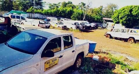 """Polo de saúde indígena é """"cemitério"""" de carros que deveriam atender aldeias"""