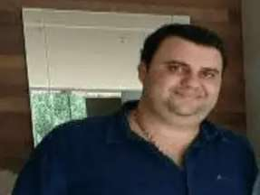Fugitivo há 500 dias, filho de Fahd prepara resposta a acusação, diz defesa