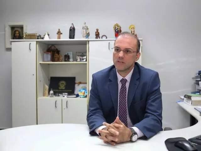 O juiz Roberto Ferreira Filho, responsável por decisão que rejeitou pedido da defesa de Fahd Jamil para mandar ações à Justiça Federal. (Foto: Arquivo/Campo Grande News)