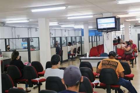Funsat oferece 160 vagas de operador de lojas para pessoas com deficiência