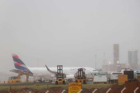 Neblina força aeroporto da Capital a operar com auxílio de instrumentos