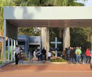 Estudante de Medicina morto no Paraná é sepultado em Campo Grande