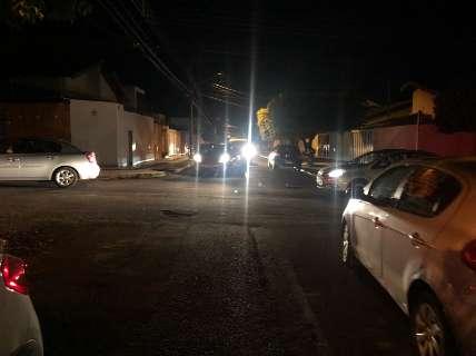 Escola promove drive-thru para as mães e trava trânsito no bairro Tv Morena