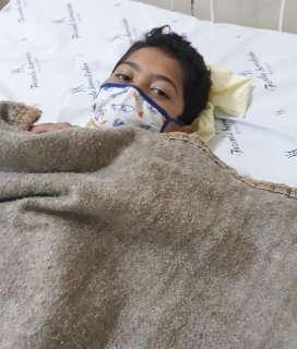 Após cirurgia, pai reclama de falta de médico e descaso com filho recém-operado