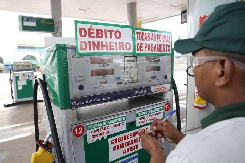 Semana fecha com gasolina a R$ 5,56 e etanol custando R$ 4,13 em MS
