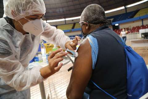 Vacinação no domingo será exclusiva para 2ª dose da Coronavac