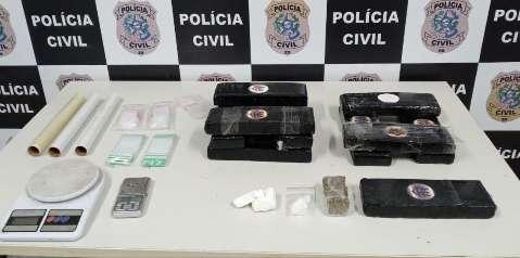 Em ação conjunta, polícia localiza drogas enviadas por Correios e prende três