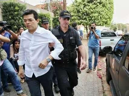 "Desembargador descarta ""erro grosseiro"" e mantém Olarte preso"
