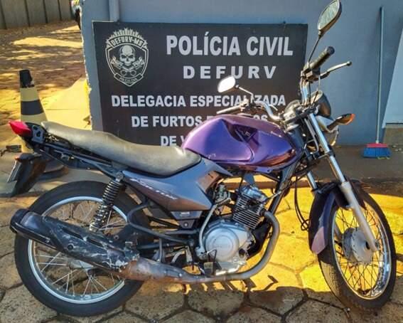 Polícia recupera motocicleta e prende ladrão após dono ver anúncio de venda